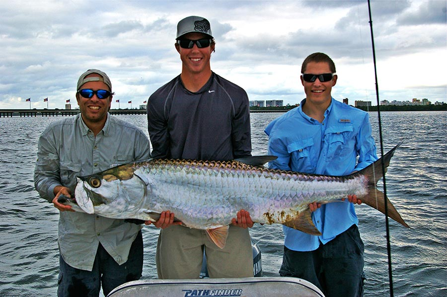 Light Tackle For Tarpon Snook Fishing Tour San Juan